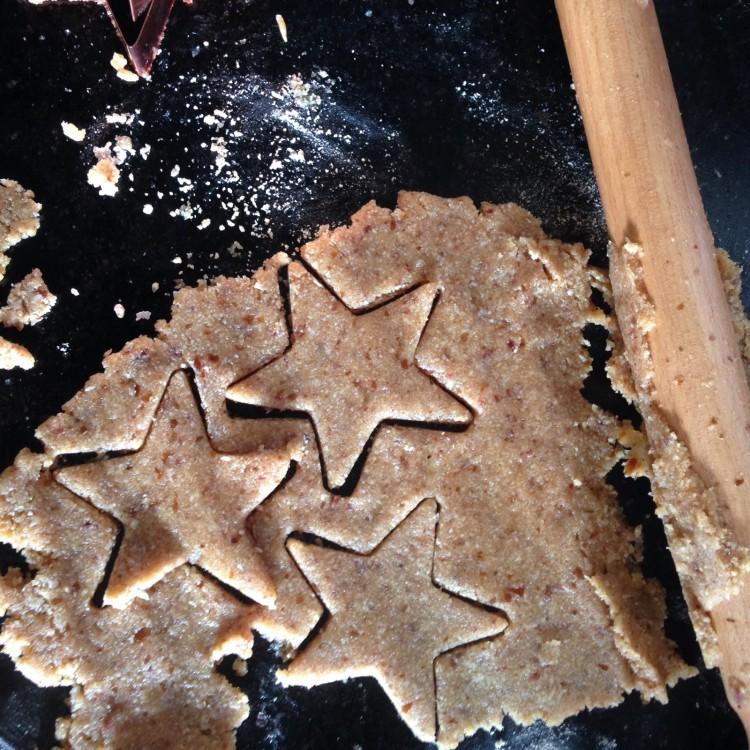Homemade cinnamon & almond stars, homemade cinnamon recipe, homemade cinnamon ingredients