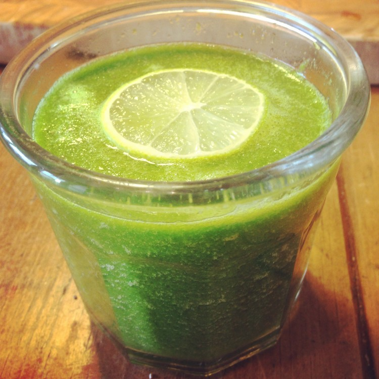 The Green Alkalizer Smoothie