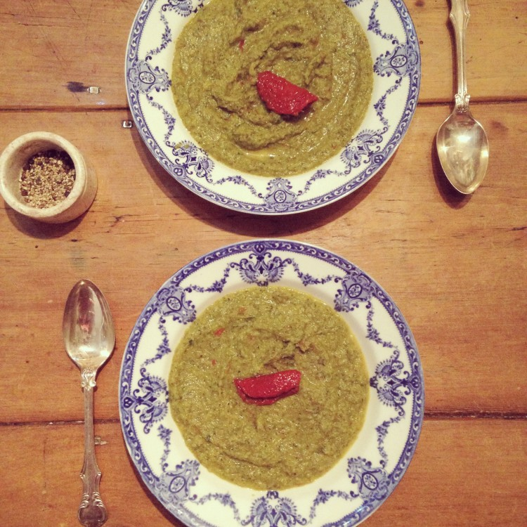 Broccoli and sun-dried tomato soup, brocolli soup ingredients, healthy soup recipe, how to make tomato soup