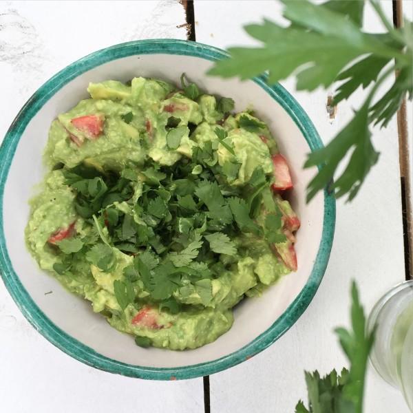 Basil guacamole
