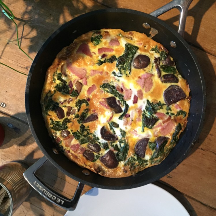 Frittata with kale, bacon and purple potatoes, healthy frittata