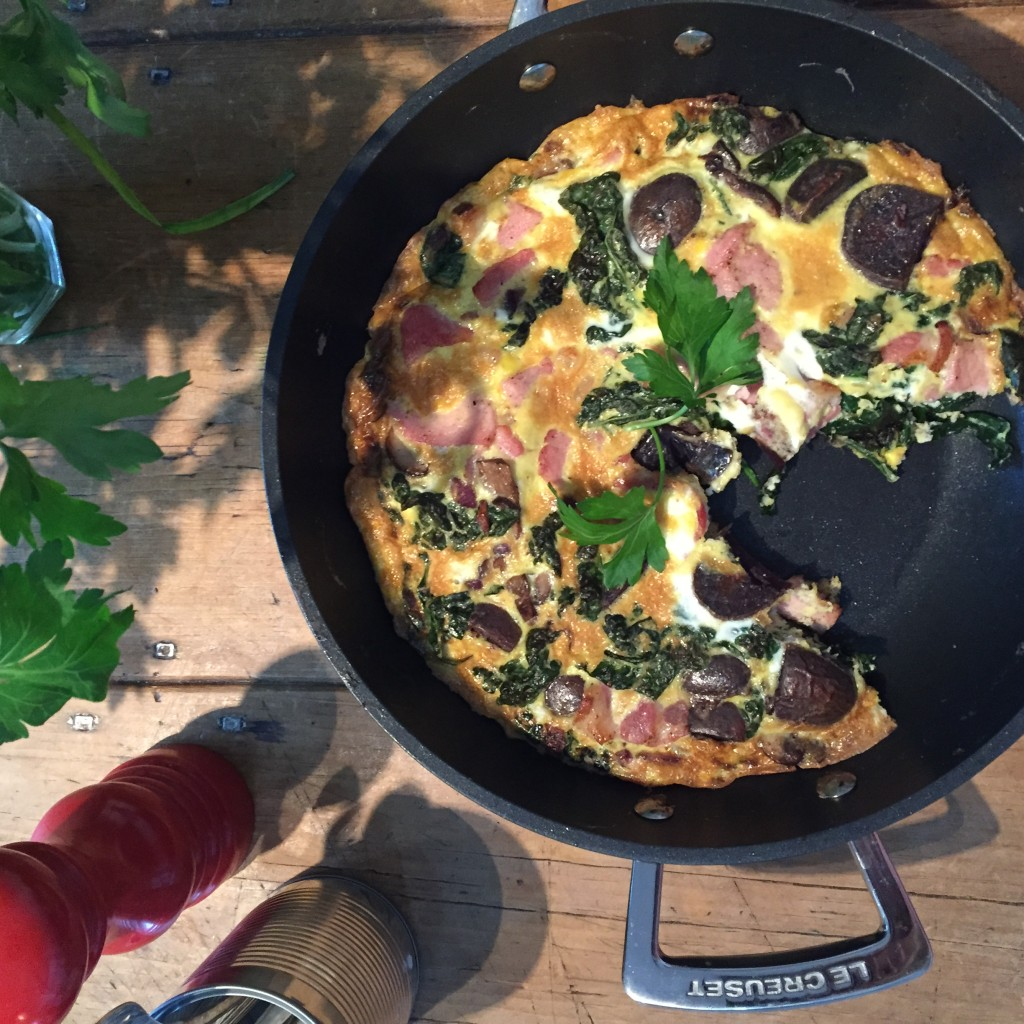 Frittata with kale, bacon and purple potatoes